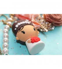 Joey USBdolls necklace and USB 2GB